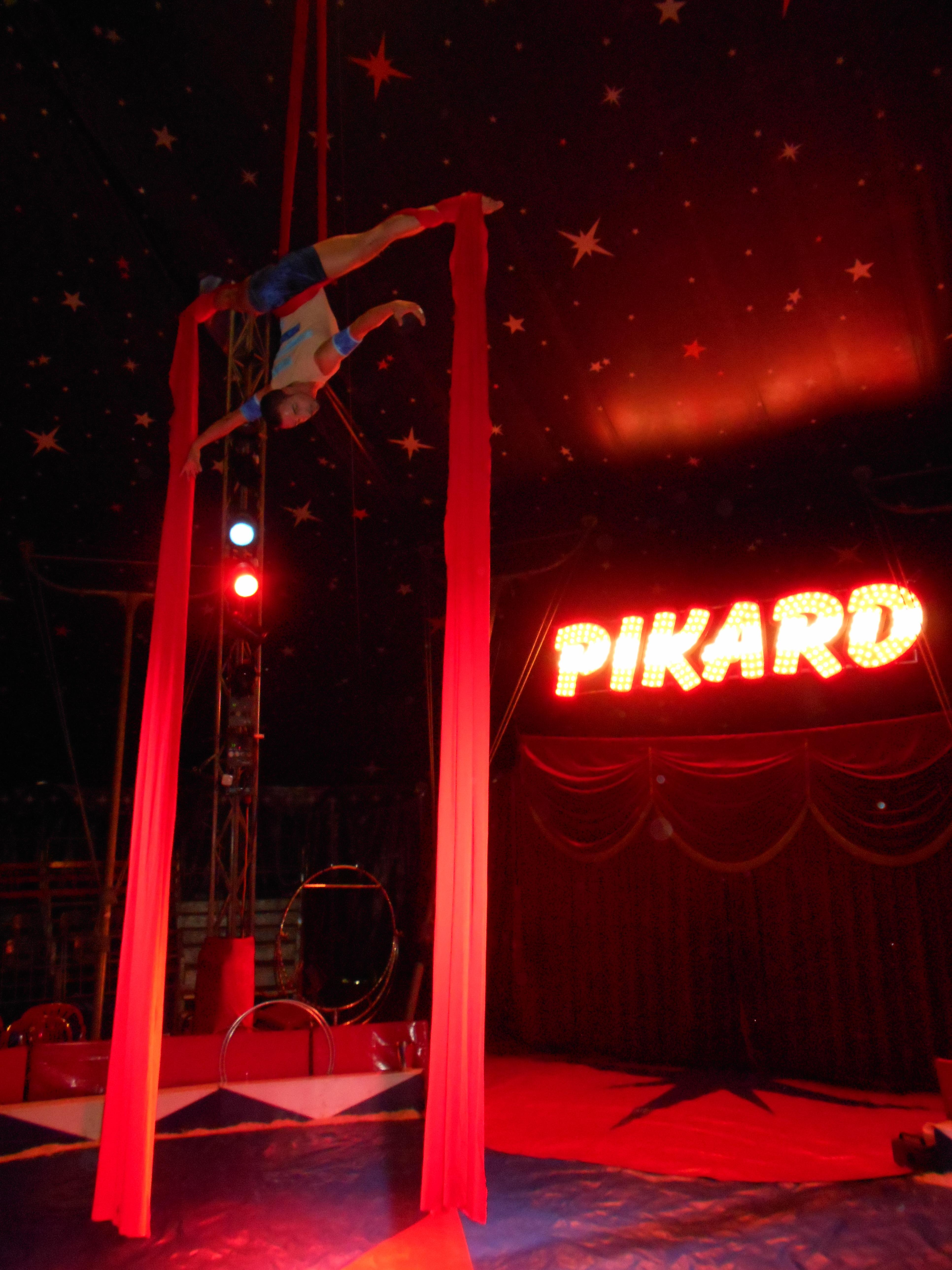 """Circus Pikard - Aerial Solo """"Heart Beneath"""""""